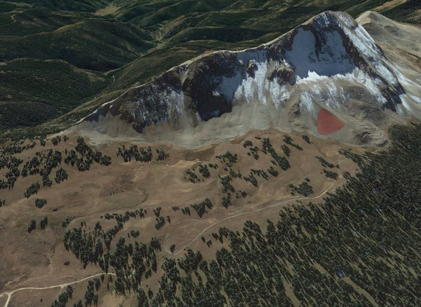 <b>Figure 3:</b> A Google Earth image of the accident site. The red polygon marks the approximate location of the avalanche. (<a href=javascript:void(0); onClick=win=window.open('https://caic-production.imgix.net/0zs75cg0jezh4feliza5yakk3e3b?ixlib=php-3.1.0&s=cf29f51c88724a55b0155ef6a129381e','caic_media','resizable=1,height=820,width=840,scrollbars=yes');win.focus();return false;>see full sized image</a>)