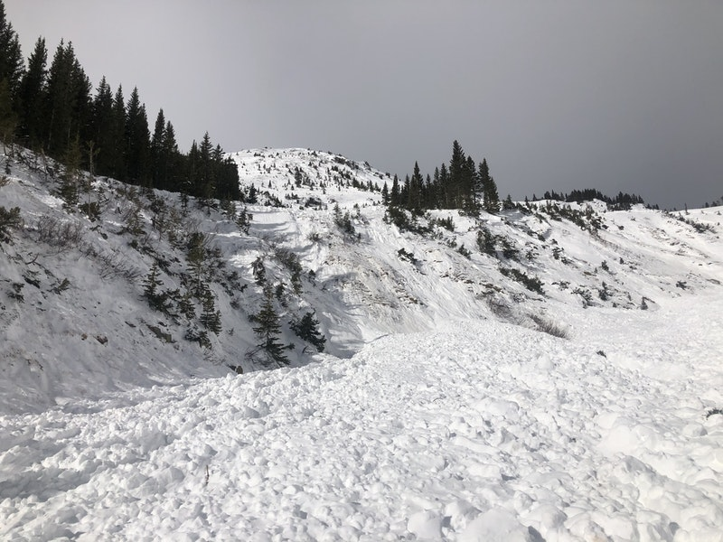 <b>Figure 7:</b> An image looking up The Nose from near Skier 2's burial location. (<a href=javascript:void(0); onClick=win=window.open('https://caic-production.imgix.net/3men5039hgprtzfe0sh0vkzftye9?ixlib=php-3.1.0&s=07ab4ee83c652c5ad98cf449f8ef2093','caic_media','resizable=1,height=820,width=840,scrollbars=yes');win.focus();return false;>see full sized image</a>)
