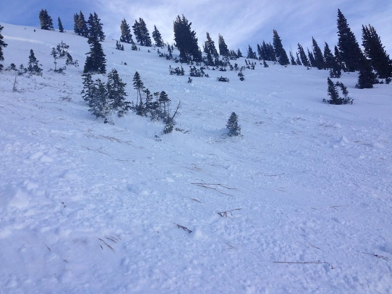 <b>Figure 2:</b> Looking across the bed surface of a skier-triggered Persistent Slab avalanche in Marble Bowl, 11/28/14. (<a href=javascript:void(0); onClick=win=window.open('https://caic-production.imgix.net/3ob8x7labke4qcwkuifzth5u7ofl?ixlib=php-3.1.0&s=9ee6b777f64c7a8737e7d4dbae28aa36','caic_media','resizable=1,height=820,width=840,scrollbars=yes');win.focus();return false;>see full sized image</a>)
