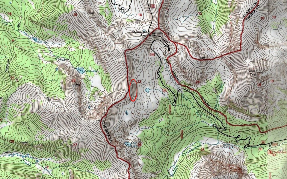 <b>Figure 7:</b> A topographic map of the Cottonwood Pass area. The red circle marks the approximate location of the accident site. (<a href=javascript:void(0); onClick=win=window.open('https://caic-production.imgix.net/6yh7na85go7bdwl5ht1jls2lhgmj?ixlib=php-3.1.0&s=e00f4f9221f751f521590a621a63a965','caic_media','resizable=1,height=820,width=840,scrollbars=yes');win.focus();return false;>see full sized image</a>)