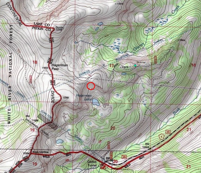 <b>Figure 2:</b> A topographic map of the Hagerman Pass area. The red circle marks the likely location of the avalanche. The green icon marks the location of the Skinner Hut. (<a href=javascript:void(0); onClick=win=window.open('https://caic-production.imgix.net/iz6xpih17ig7kzfzizye2mwp6fvr?ixlib=php-3.1.0&s=cf66e2c6fe7387a415f0d60bc5c298ec','caic_media','resizable=1,height=820,width=840,scrollbars=yes');win.focus();return false;>see full sized image</a>)