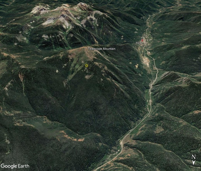 <b>Figure 1:</b> A Google Earth image looking south toward the town of Rico. The avalanche site on Telescope Mountain is marked with a yellow star. (<a href=javascript:void(0); onClick=win=window.open('https://caic-production.imgix.net/kt8rrff1ge9mg1tmag2cgnzo2d4p?ixlib=php-3.1.0&s=7f02212e70750a5a31bab783deb421d3','caic_media','resizable=1,height=820,width=840,scrollbars=yes');win.focus();return false;>see full sized image</a>)