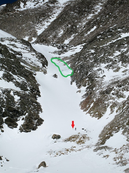 <b>Figure 5:</b> The climbers entered the snow slope from the upper left portion of the photo. The green area indicates the ice steps and the red arrow point to where the climbers spent the night of March 17th. (<a href=javascript:void(0); onClick=win=window.open('https://caic-production.imgix.net/lafhwh52qpok47356a0wv419lmam?ixlib=php-3.1.0&s=433f370bc4a5d2a04e2e9ba999255167','caic_media','resizable=1,height=820,width=840,scrollbars=yes');win.focus();return false;>see full sized image</a>)