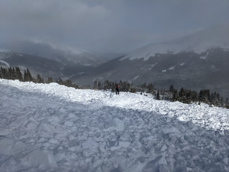 <b>Figure 9:</b> The avalanche ran far enough to wipe out several recently placed skin tracks in the same area. (<a href=javascript:void(0); onClick=win=window.open('https://caic-production.imgix.net/livlv4oaxreasfwvdm8cfey3ohcc?ixlib=php-3.1.0&s=86925c5e7b0ff0e2f12a526e183c392b','caic_media','resizable=1,height=820,width=840,scrollbars=yes');win.focus();return false;>see full sized image</a>)
