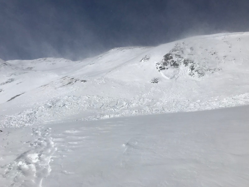 <b>Figure 1:</b> Snowshoers triggered and were caught in this avalanche. Southeast aspect near 12,300', southwest of Red Mountain Pass, January 3 2019. (<a href=javascript:void(0); onClick=win=window.open('https://caic-production.imgix.net/nk3tgymkut72icwntlca3xt197d2?ixlib=php-3.1.0&s=c6c5fd28511abe6e6a671484a02c7739','caic_media','resizable=1,height=820,width=840,scrollbars=yes');win.focus();return false;>see full sized image</a>)