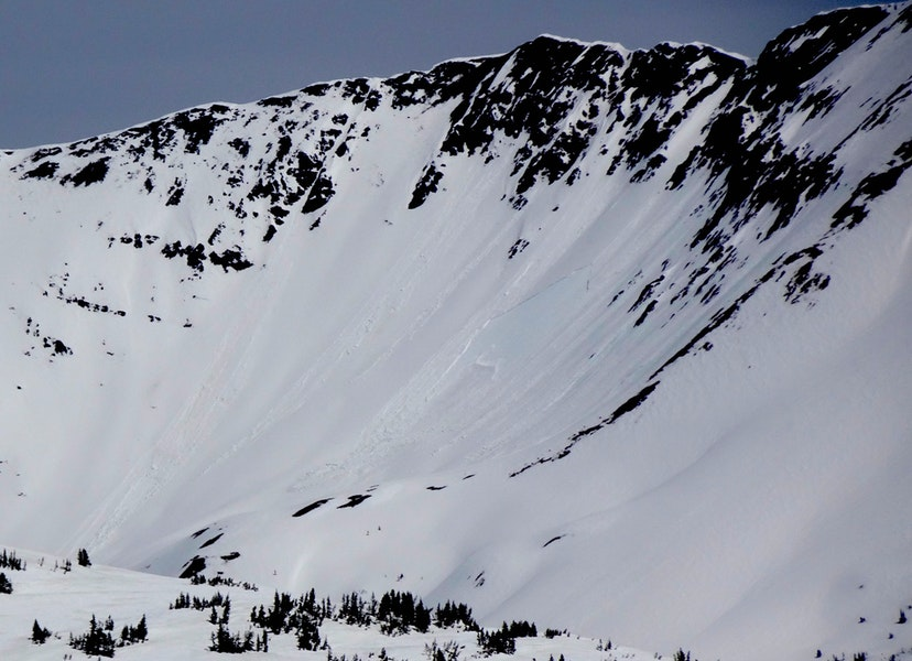 <b>Figure 4:</b> Numerous small Wet Loose avalanches and a small, shallow Wet Slab in WSC Bowl of Mount Baldy. (<a href=javascript:void(0); onClick=win=window.open('https://caic-production.imgix.net/tuy29278i95ufxv0icrbm55biprs?ixlib=php-3.1.0&s=5b26045a05ea118190216299dc559483','caic_media','resizable=1,height=820,width=840,scrollbars=yes');win.focus();return false;>see full sized image</a>)