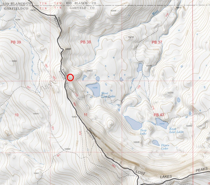 <b>Figure 3:</b> A topographic map of the area. The approximate location of the avalanche is shown by a red circle (map courtesy of Caltopo.com). (<a href=javascript:void(0); onClick=win=window.open('https://caic-production.imgix.net/wtni33aj367v5st7s5uvg4x2zgh3?ixlib=php-3.1.0&s=92d8d1325572bd374b8503ee8613ea8e','caic_media','resizable=1,height=820,width=840,scrollbars=yes');win.focus();return false;>see full sized image</a>)