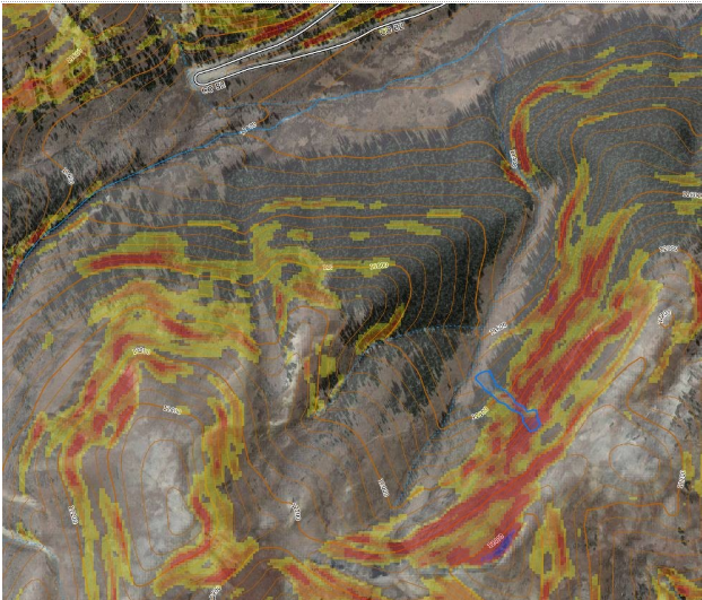 <b>Figure 2:</b> A map and satellite image of the drainage south of Mountain Boy Gulch, with slope angles shaded. The approximate dimensions of the avalanche are outlined in blue. Slope angle is shaded with Caltop fixed bins: 27 to 29 degrees in yellow, 30 to 32 degrees in orange, 32 to 34 degrees in light red, 35 to 45 degrees in dark red, 46 to 50 degrees in purple (Data from ESRI, Caltopo, Garmin, and USGS). (<a href=javascript:void(0); onClick=win=window.open('https://caic-production.imgix.net/xc2xgno3mjllgj4to5vlpx0h9ddi?ixlib=php-3.1.0&s=03431c3142431ba3db8b7fa7b6d593b1','caic_media','resizable=1,height=820,width=840,scrollbars=yes');win.focus();return false;>see full sized image</a>)
