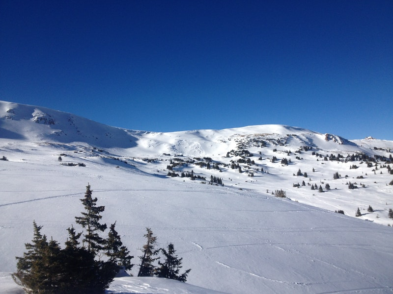 <b>Figure 2:</b> A sidecountry skier triggered and was partially buried-critical in this avalanche on 12/27/2013. (<a href=javascript:void(0); onClick=win=window.open('https://caic-production.imgix.net/zrahfa5qijfijd7md58eko9osoi6?ixlib=php-3.1.0&s=0f782362e5985af0af0c1f68302f2ad1','caic_media','resizable=1,height=820,width=840,scrollbars=yes');win.focus();return false;>see full sized image</a>)